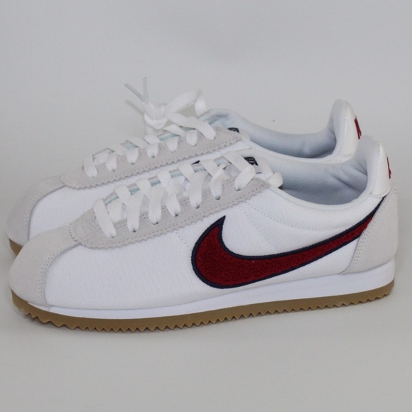 huge selection of 759df dff01 Wmns Nike Classic Cortez Premium Shoe